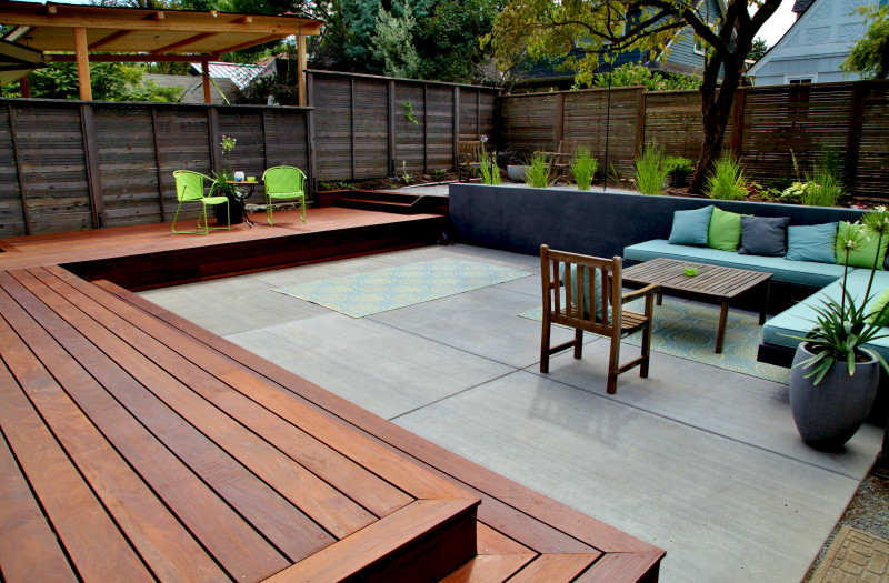 Stained ipe deck deck masters llc portland or for Ipe decking