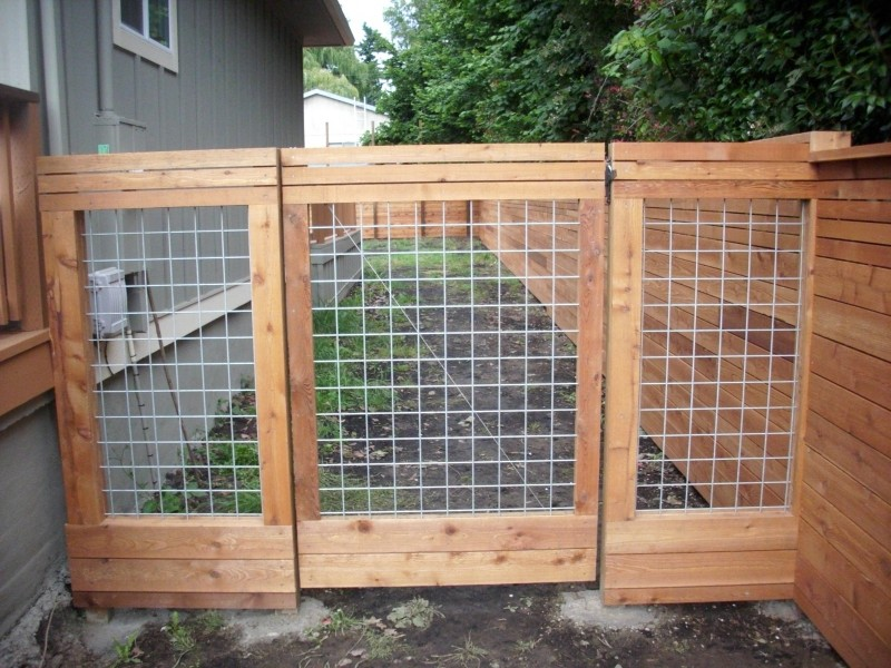 Custom Hog Panel And Horizontal Fence Gate Deck Masters Llc