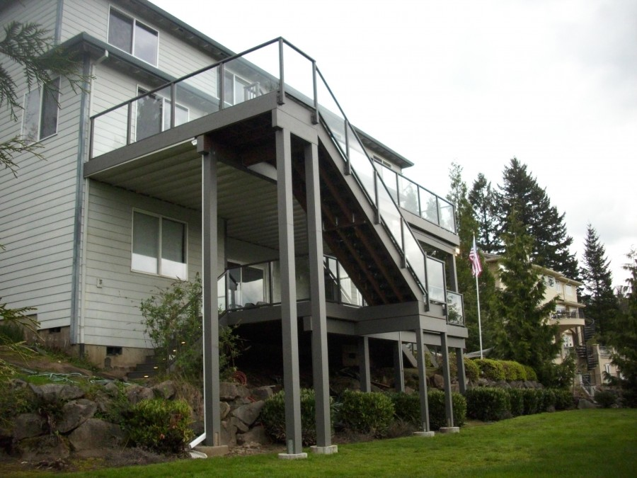 Timbertech Deck With Aluminum Glass Railing And Lights