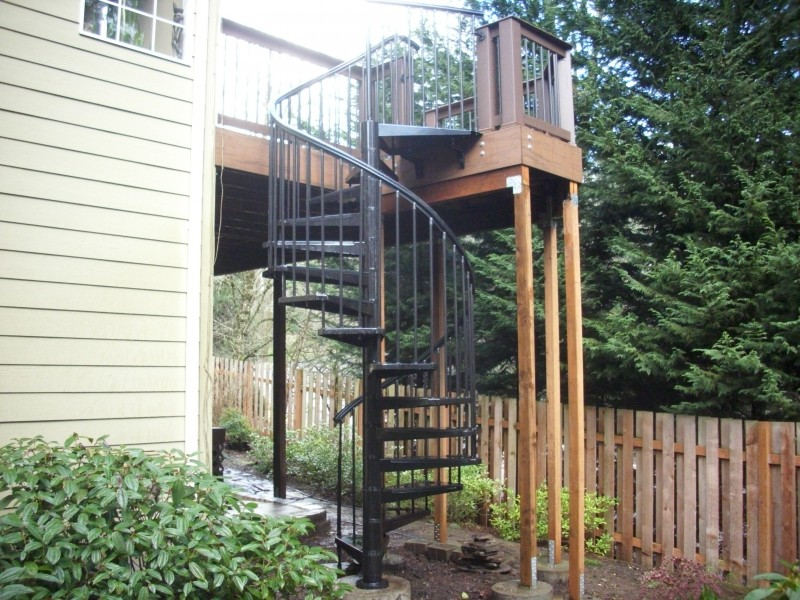 Lovely Spiral Staircase Deck