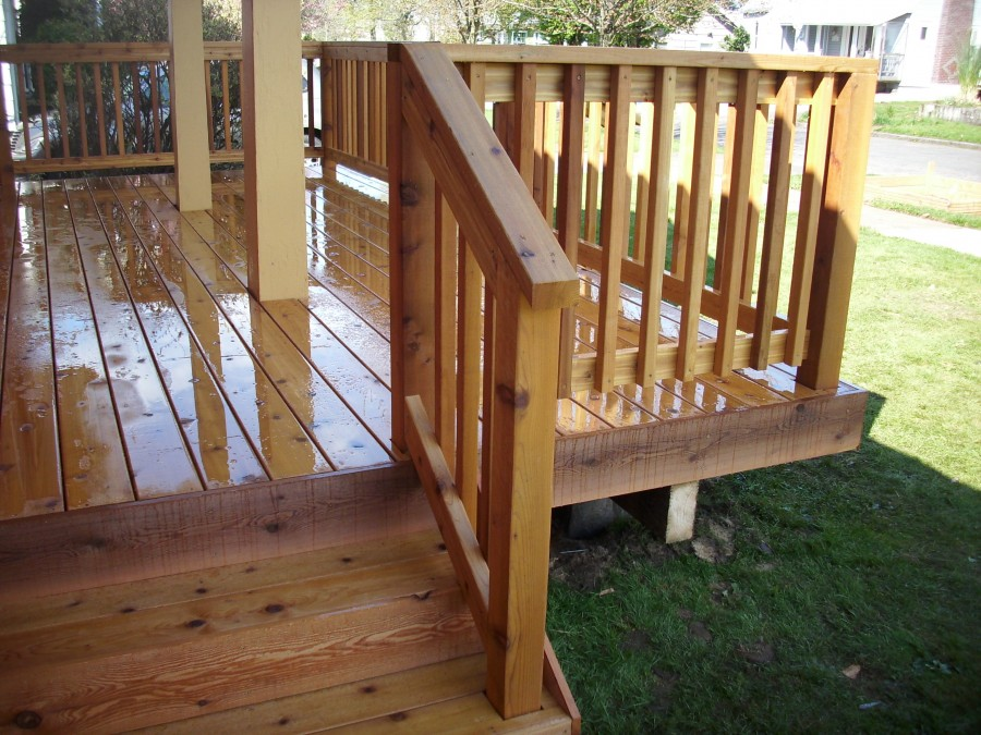 Front porch cedar deck deck masters llc portland or for Stained front porch