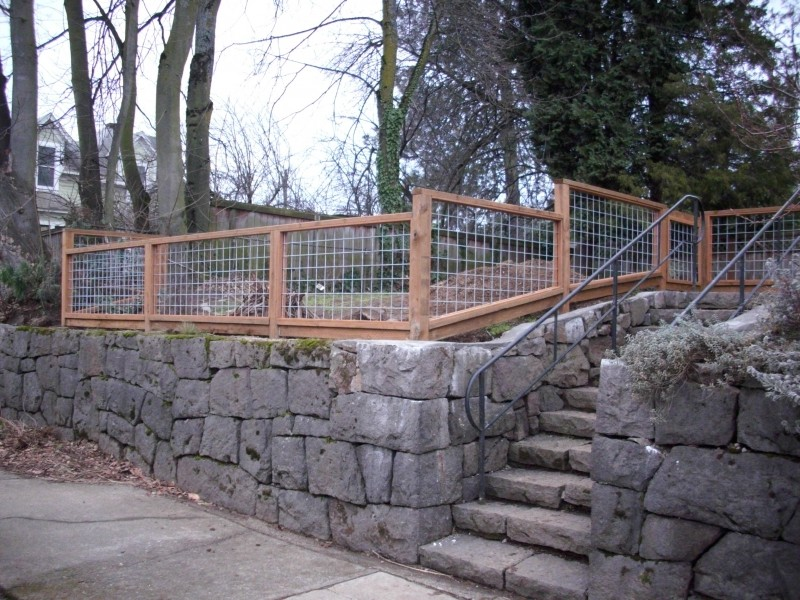 Galvanized wire fence with Pressure treated frame