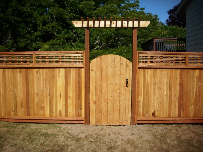 Japanese lattice top fence deck masters llc portland or for Fence with arbor