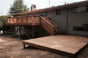 Cedar deck with horizontal railing