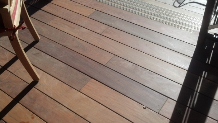 Ipe decking with plugged screws