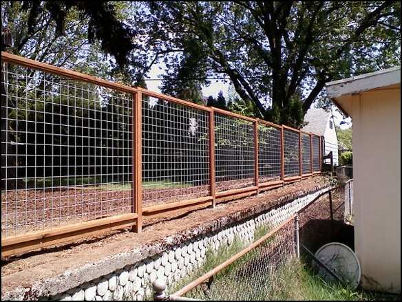Wire fence with gate arbor galvanized deck
