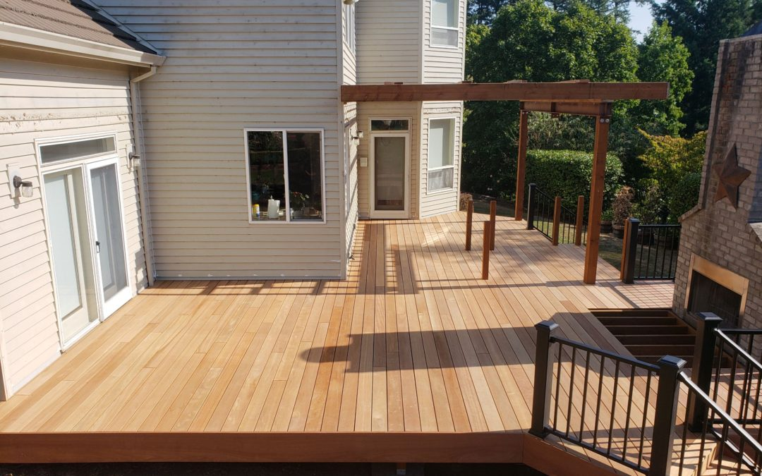 Meranti deck with aluminum railing