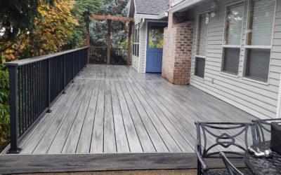 Trex Island Mist deck with cedar pergola