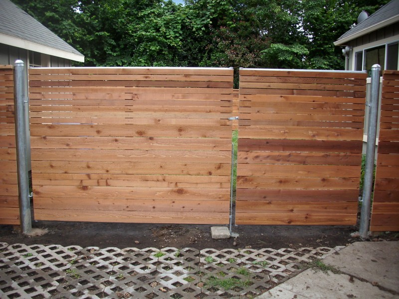 Horizontal Fence With Heavy Duty Gate Deck Masters Llc
