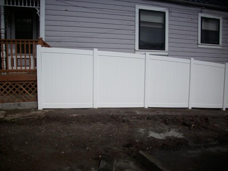Portland vinyl fence builder