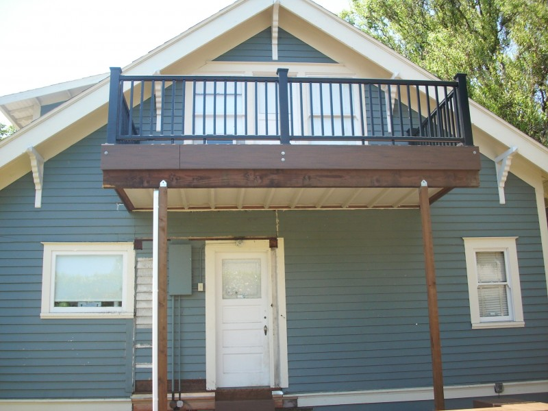 Second story composite deck with Dryspace