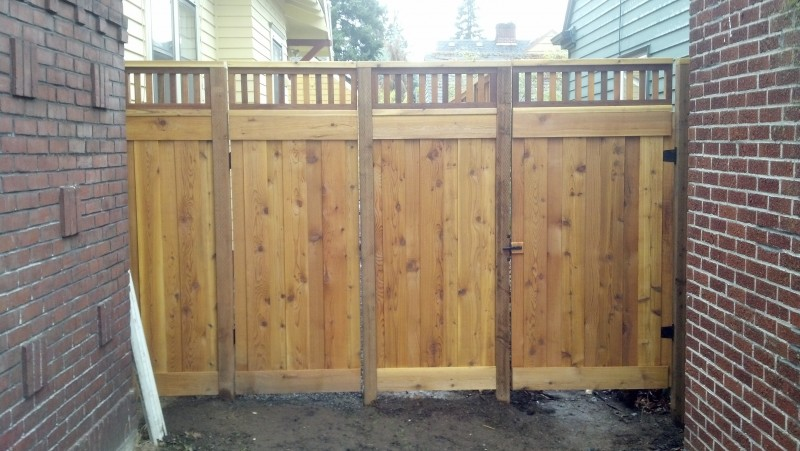 Custom lattice cedar fence