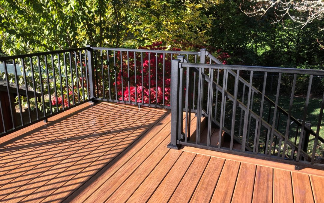 Havana gold Trex deck with aluminum railing