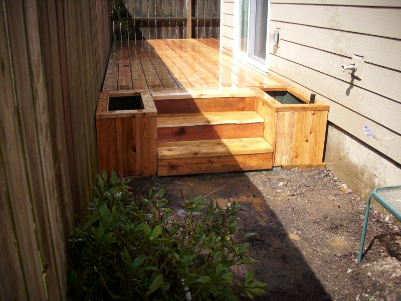 Cedar Deck With Planter Boxes Deck Masters Llc