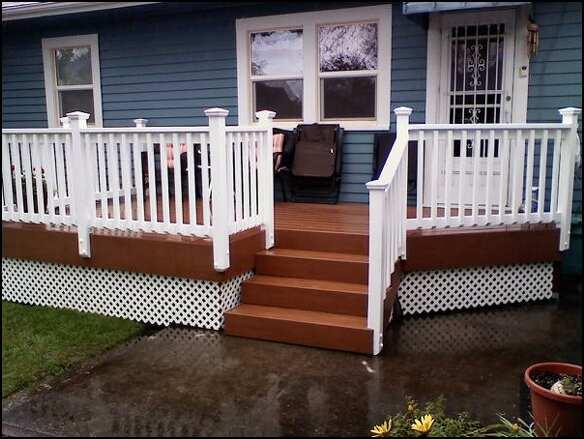 Timbertech XLM Desert Bronze deck with cedar hand rail